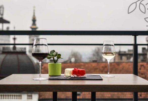City Garden - Poslastice i vino